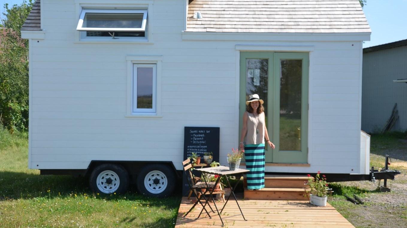 Les mini maisons lisent domicile au kamouraska le placoteux for Prix mini maison sur mesure