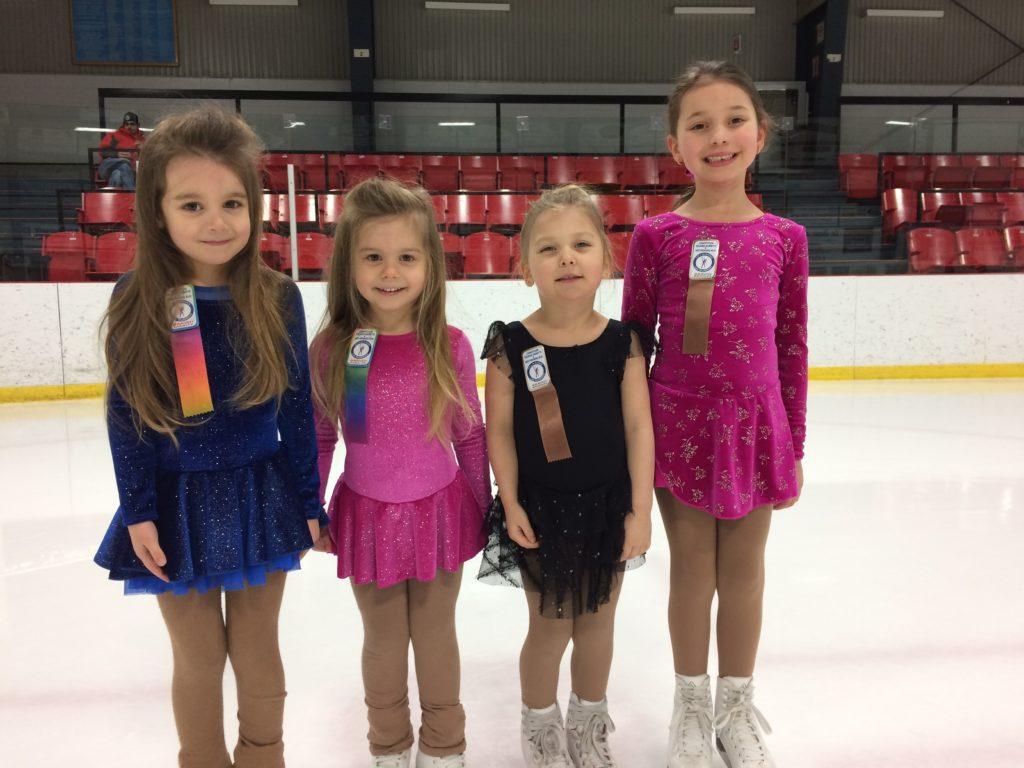 Des patineuses à leurs Premiers Jeux