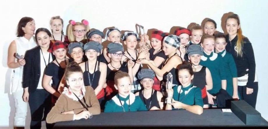 Les élèves de l'École de danse Chantal Caron en compétition